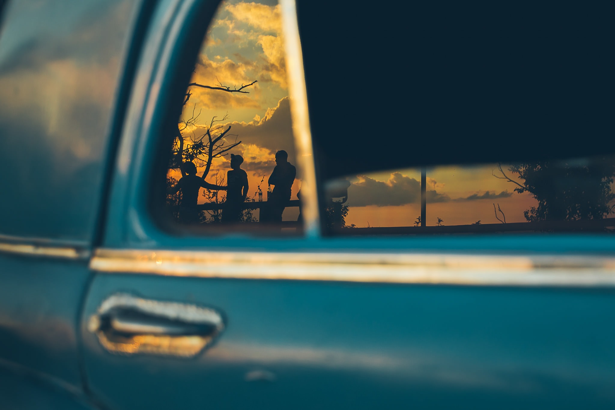 cuba car reflection print